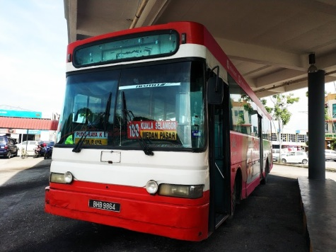 Kuala Selangor-Kuala Lumpur 100 nolu otobüs hattı