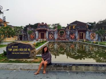 The Ba Mu Temple Gate