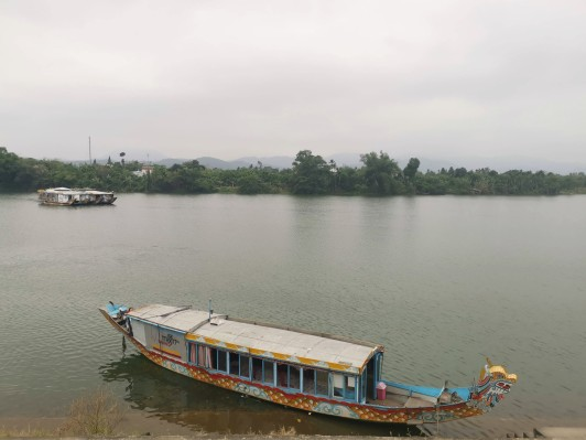 Parfüm Nehri