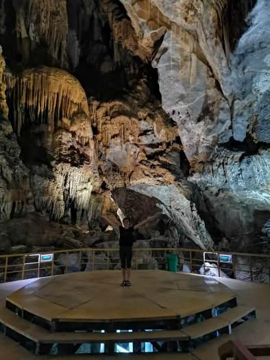 Tien Son Mağarası