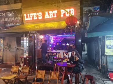 Life's Art Pub