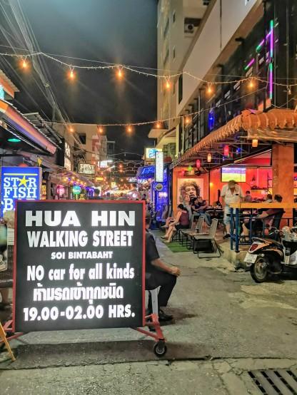 soi bintabaht - hua hin walking street