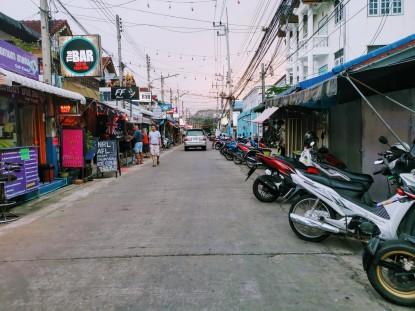 Hua Hin 80 street