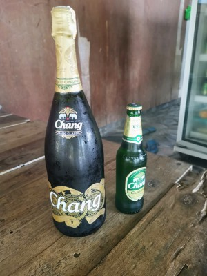 büyük ve küçük boy Chang bira :)
