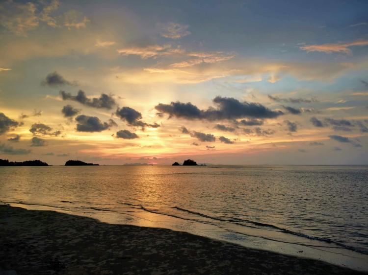 adada bir gün batımı